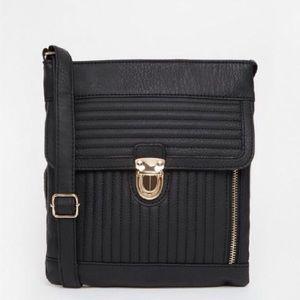 New Look Crossbody Purse — Black